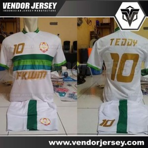 Pembuatan Jersey Tim Bola Universitas Widya Mandala Surabaya