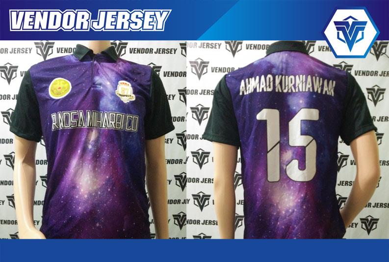 Bikin Kostum Futsal Motif Galaxi Dengan Logo Bordir