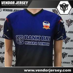 Pesanan Buat Kostum Futsal Dari Muara Taweh Gambar Gradasi Warna