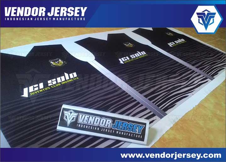 Bikin baju futsal desain sendiri printing murah